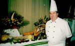Cocinero frente a elaboraciones frutales