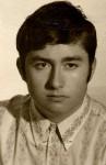 Joven, en foto blanco y negro